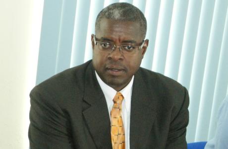 NTR | Coalitie Sint-Maarten verliest meerderheid: ook oppositie heeft geen meerderheid
