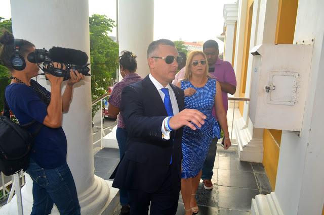 NOS | Oud-premier Curaçao definitief veroordeeld