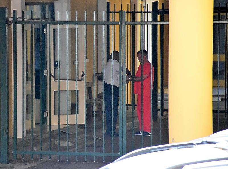 Curacao.nu | Gerrit Schotte komt 27 november vrij, met enkelbandje