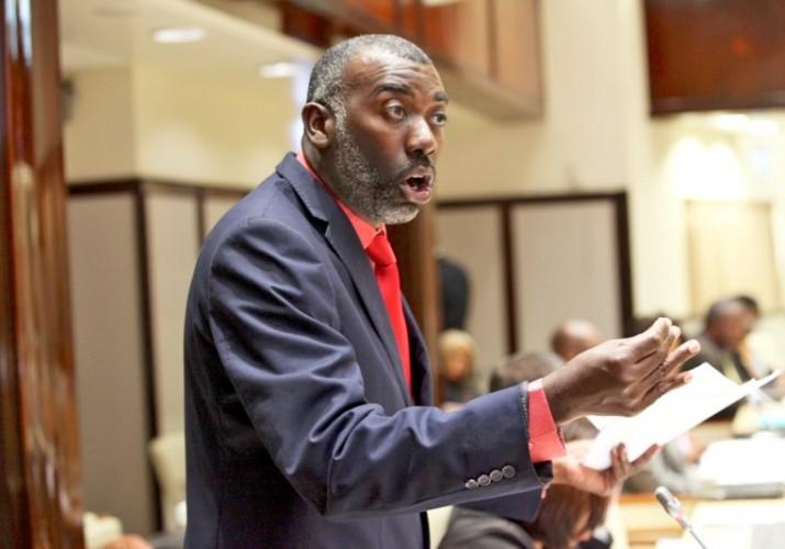 AD | MFK: Girigorie en Sambo moeten aftreden