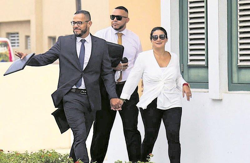 NTR | Geld, drank, eten, vrouwen – corruptie lijkt onderdeel van zakendoen op Aruba