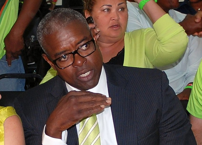 DH   Meyers withdraws as formateur, PM candidate
