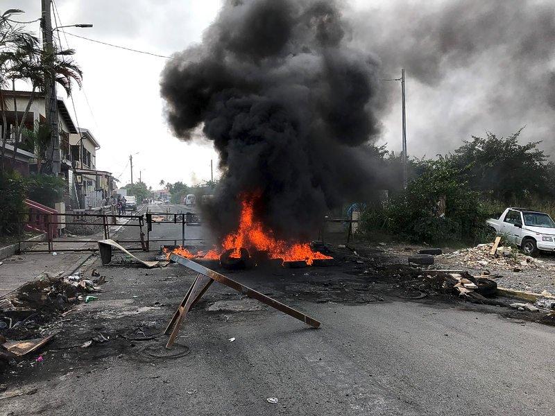 NPO/NOS | Kruisgesprek toestand Franse kant Sint Maarten