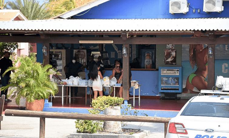 NOS   Reportage over sluiting Campo Alegre