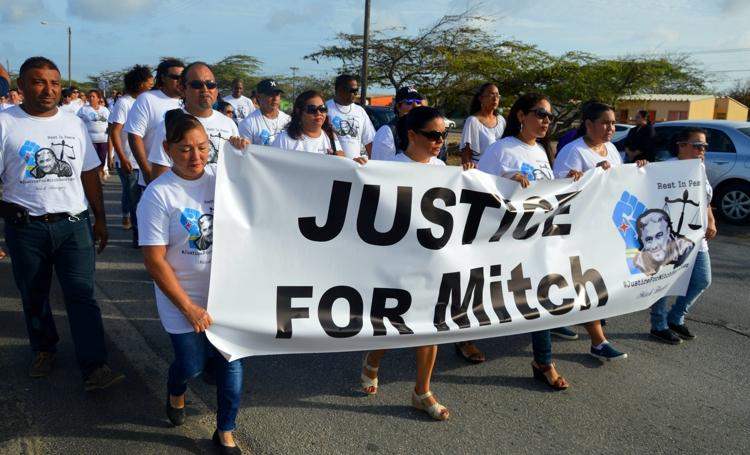 PBC | Hoge Raad oordeelt vandaag over agent fatale arrestatie Mitch Henriquez