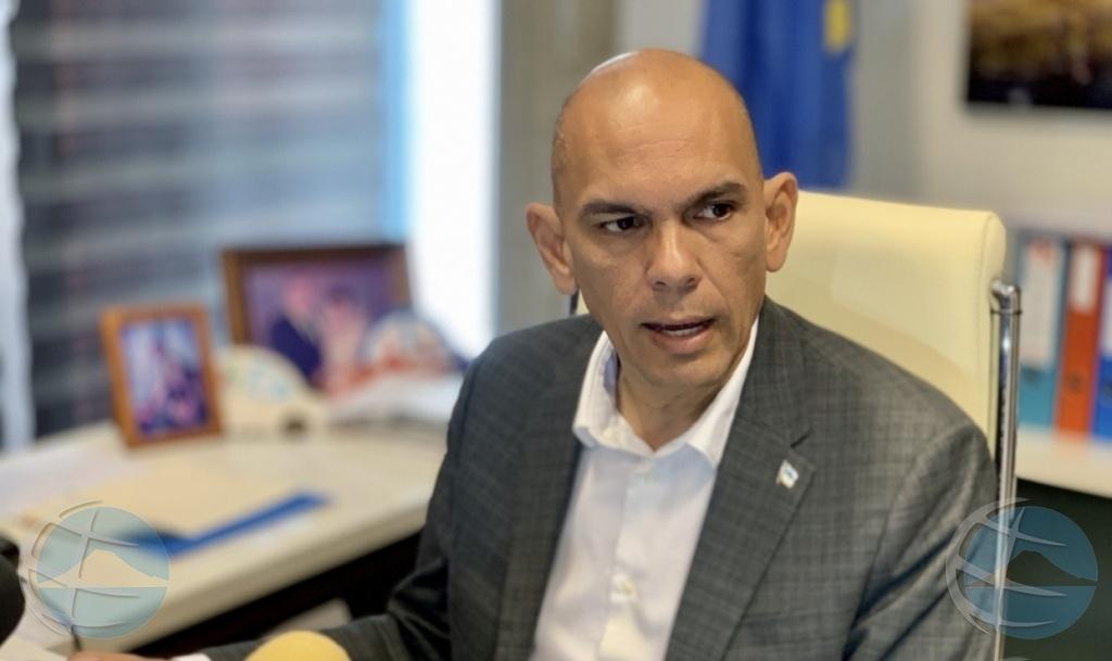 ParadiseFM   Oud-minister Otmar Oduber voor rechter