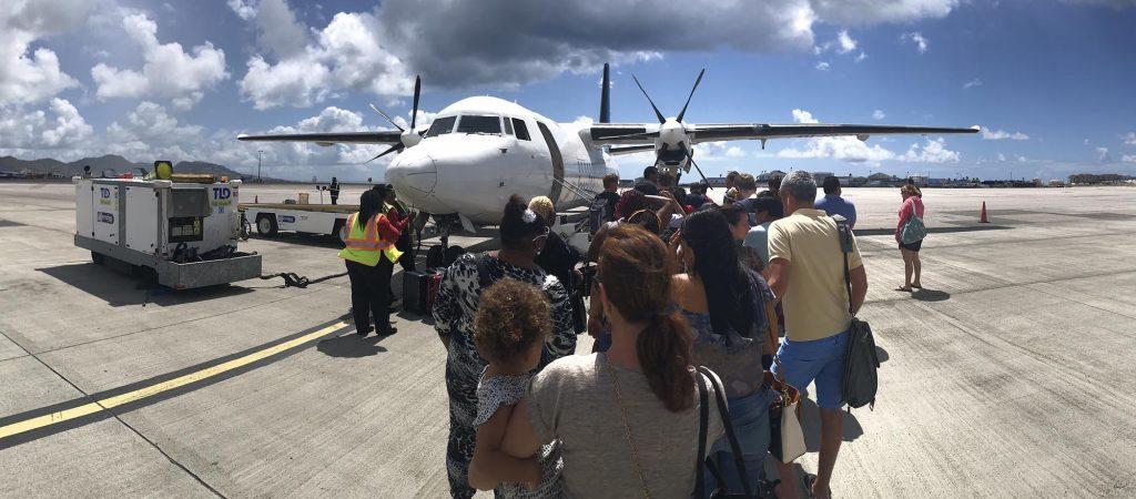 PBC   Laatste Fokker 50 van voormalig Insel Air verlaat Curaçao