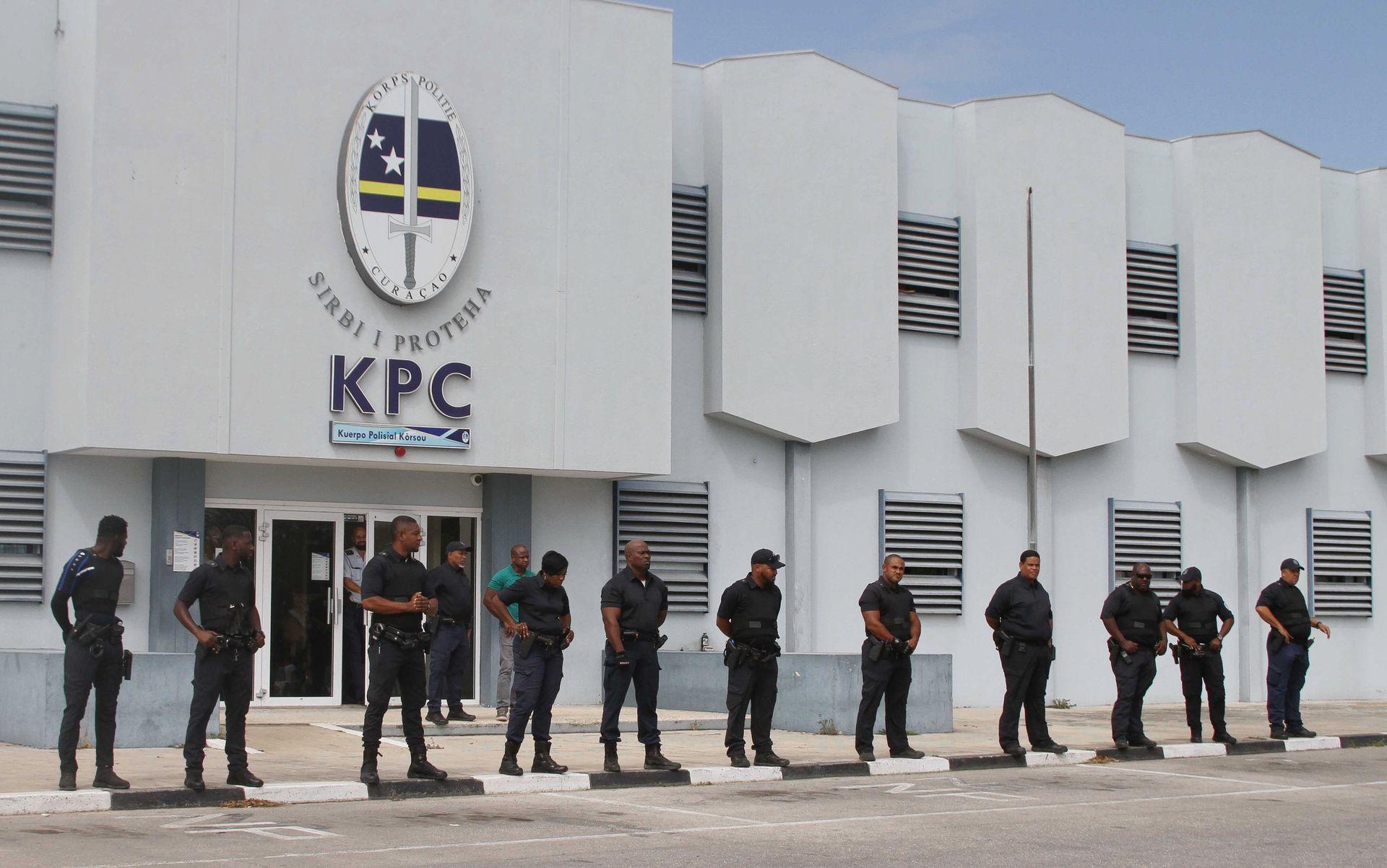 PBC | Zes politieagenten geschorst om diefstal inbeslaggenomen goederen
