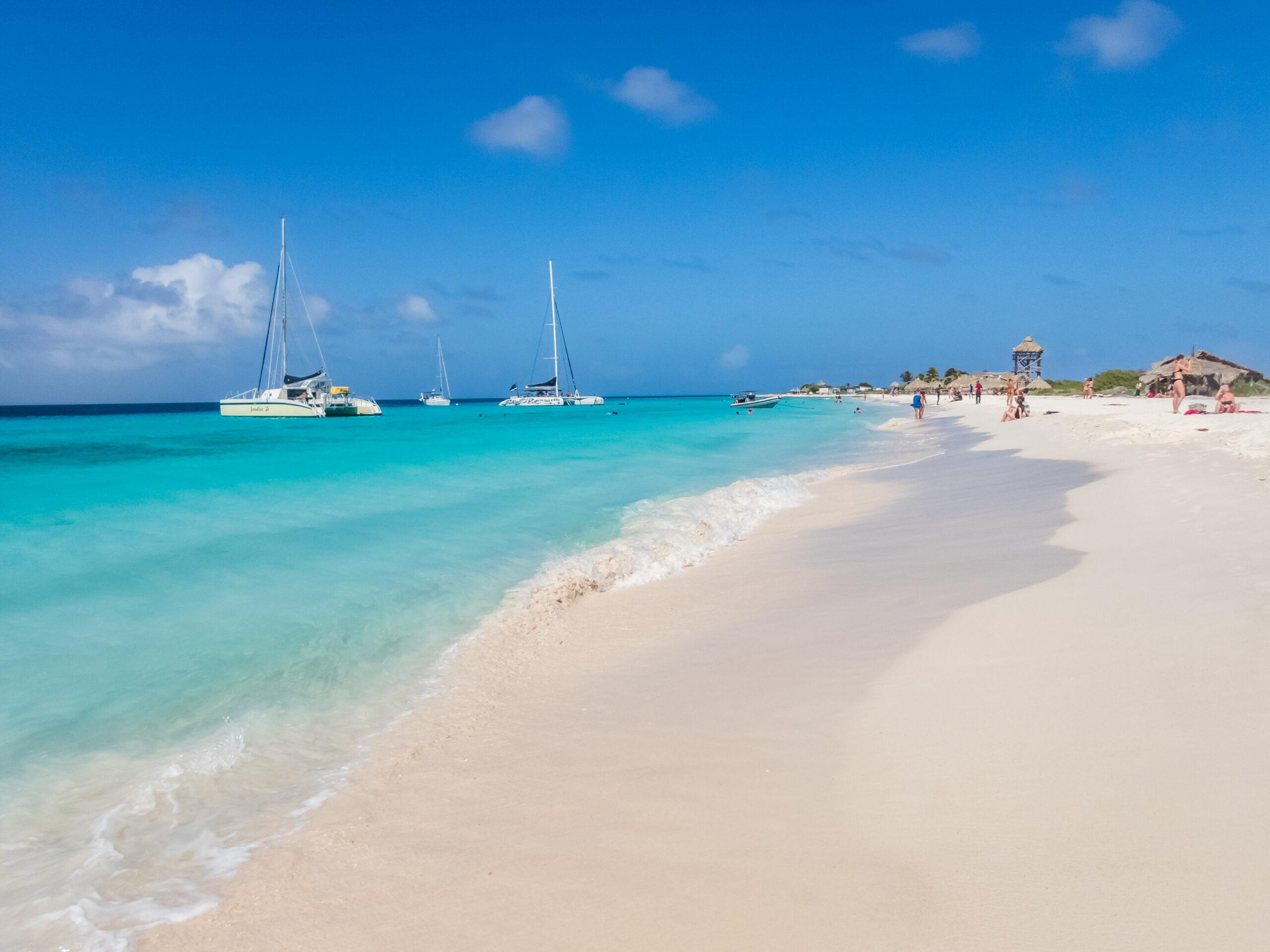 NU | Curaçao versoepelt maatregelen: stranden weer open