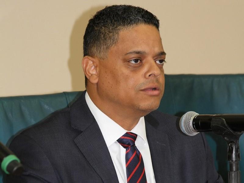 ParadiseFM |'Nationale assemblee' moet eiland post-corona vormgeven
