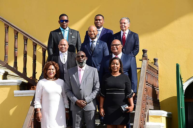 ParadiseFM | Larmonie-Cecilia verwacht eind deze maand nieuwe regering