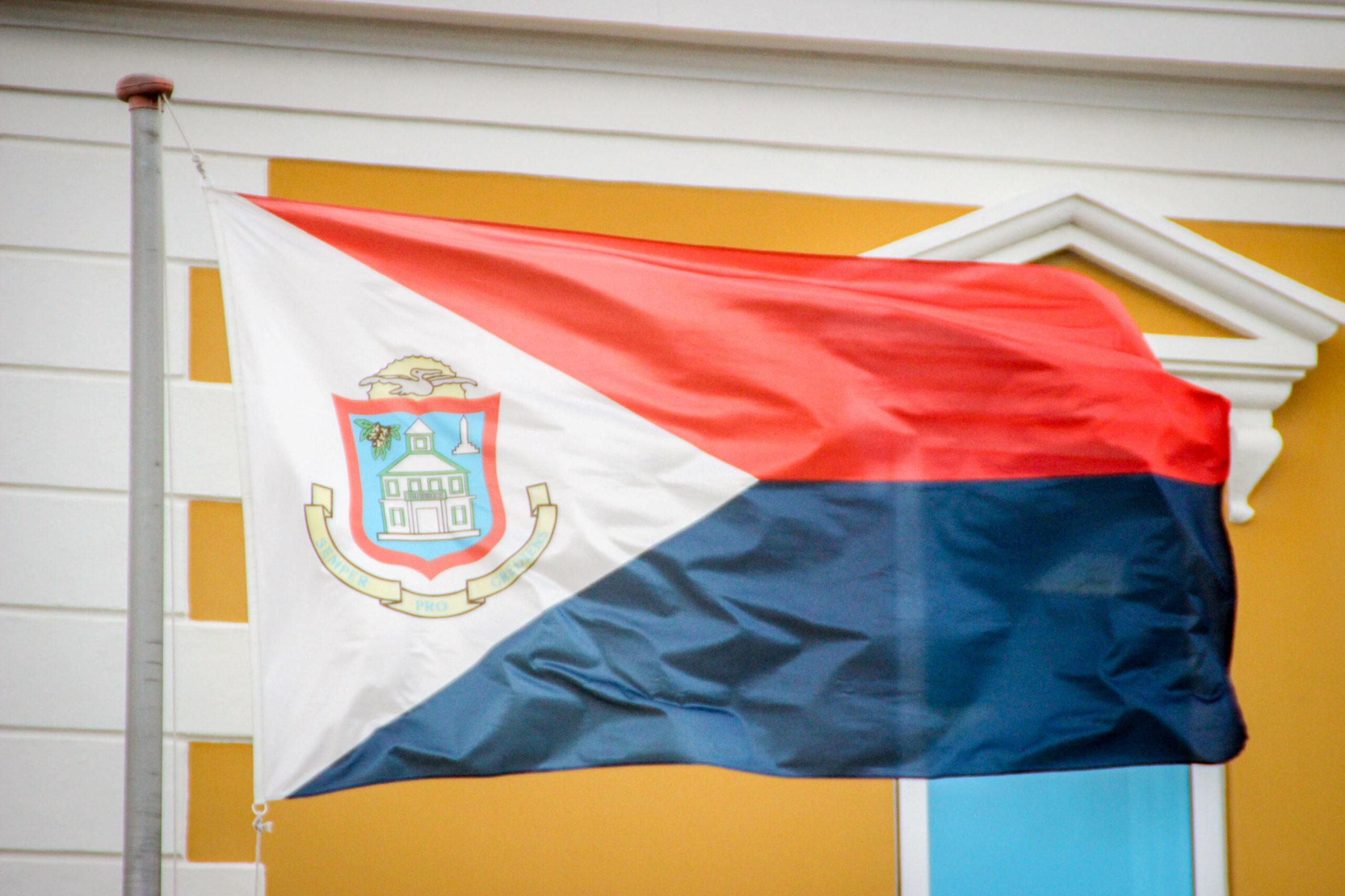 NTR | Financiële hulp aan Sint-Maarten opnieuw gestopt, 'ongepast besluit van Nederland'
