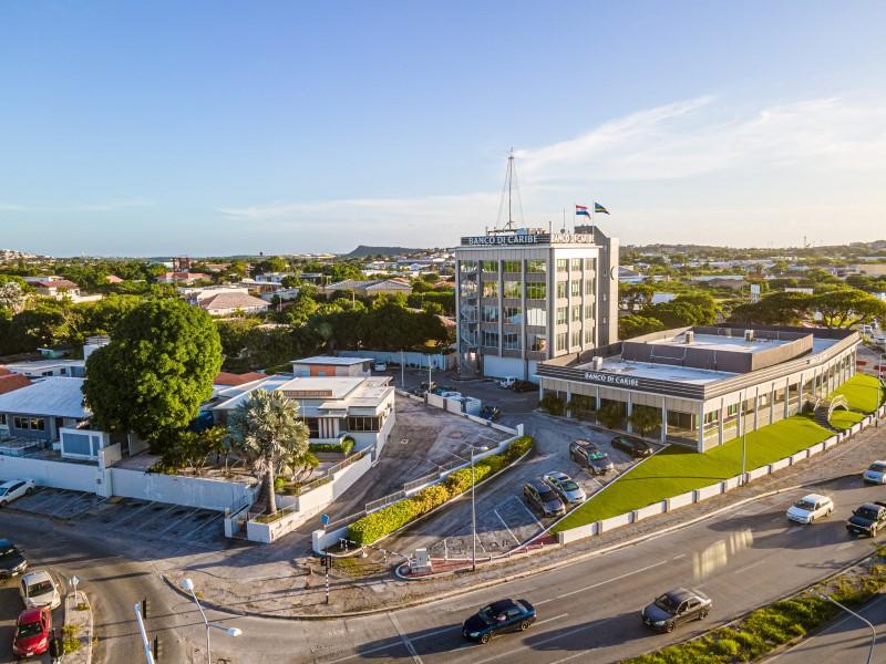 AntilliaansDagblad   CBCS zet Banco di Caribe in de verkoop