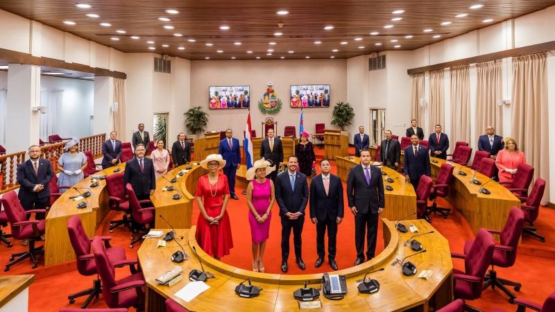 AntilliaansDagblad   Edgard Vrolijk nieuwe parlementsvoorzitter Aruba